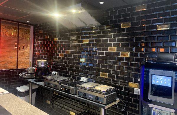 Ribastone a rénové les revêtements de sol et mur de l'espace restaurant d'un hôtel à Val d'Isère savoie