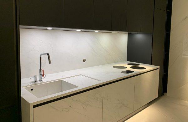 sols-murs-cuisine-plan-de-travail-Haute-Savoie-ribastone-2